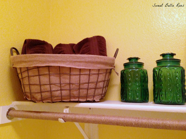 Laundry room before and after- easy ways to brighten and organize a small space #diy #decor