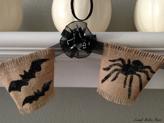 Easy DIY Halloween mantel- spooky but not scary #diy #halloween