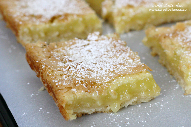 Lemon Bars- super easy to make and so delicious. Flaky, buttery crust with creamy lemon flavor