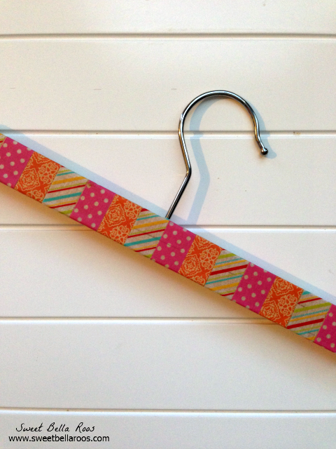 Easy DIY Washi Tape School Pick-Up Sign Hanger #washitape