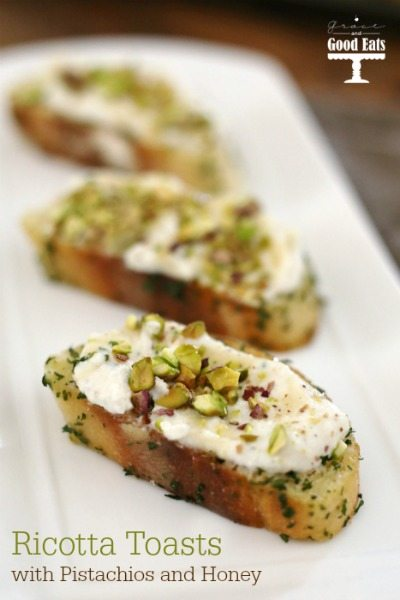 These Ricotta Toasts with Pistachios and Honey are a simple + yummy appetizer!