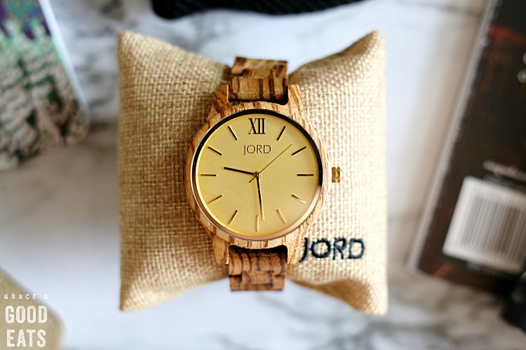 JORD wood watch around a jute pillow
