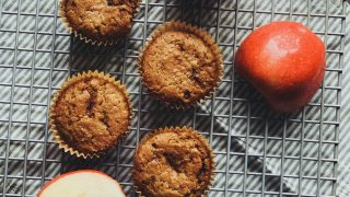 applesauce muffins {gluten free} — Well & Pretty
