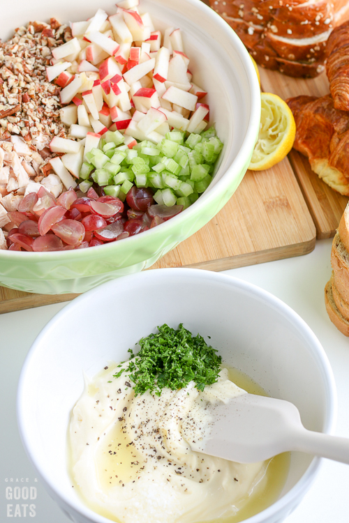 mayonnaise, lemon juice, and fresh parsley in a bowl